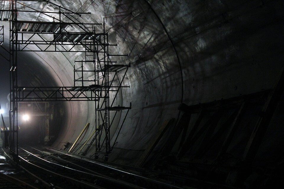 tunnel-2316265_960_720 (1)